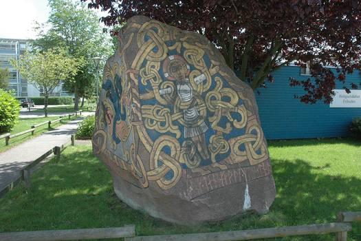 Kopi af Harald Blåtands runesten i Hvidovre. Foto: Torben Dehn.