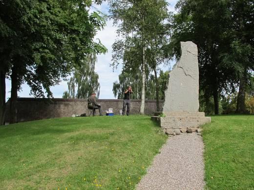 Høj på Rimsø Kirkegård, Djursland.